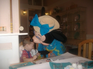 Where to Book Character Dining at Walt Disney World