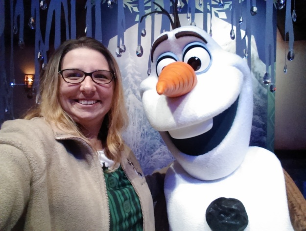 For the little princesses, one could get Fastpasses to meet Anna and Elsa, but we chose a much shorter line for Olaf. He's always up for a selfie with guests!