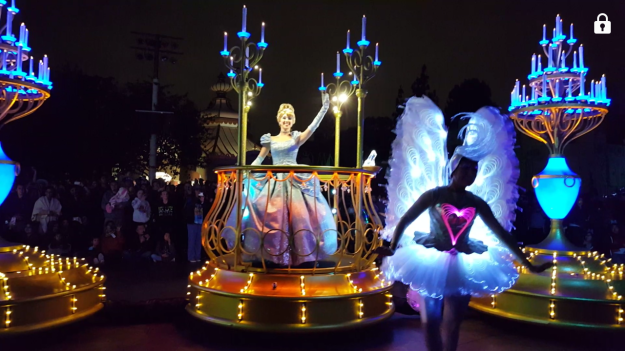 There were many princesses in the parade. Ariel had her own float. Anna & Elsa had a float. Then, there was one with Belle in front followed by Rapunzel and Cinderella.