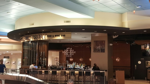 Airports Improving Dining Options for Travelers