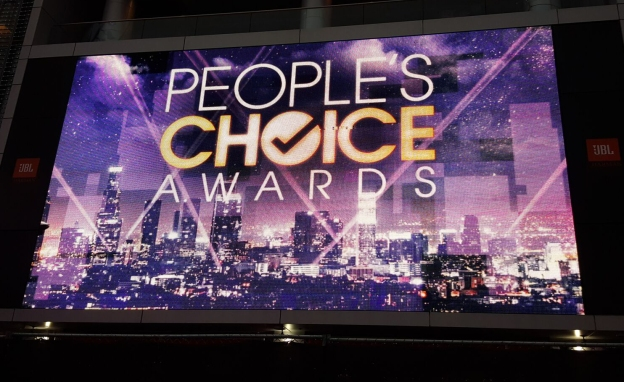 Did you know that you can attend the People's Choice Awards in Los Angeles? I did!