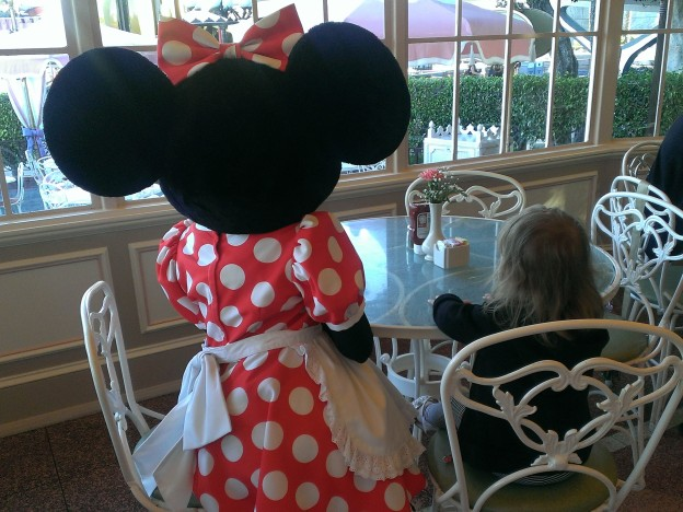 Why My Son Thinks Plaza Inn is the Best Character Dining Experience at Disneyland
